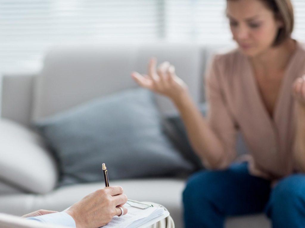 immagine tablet La presa in carico psicologica delle vittime di violenza domestica. Una breve riflessione